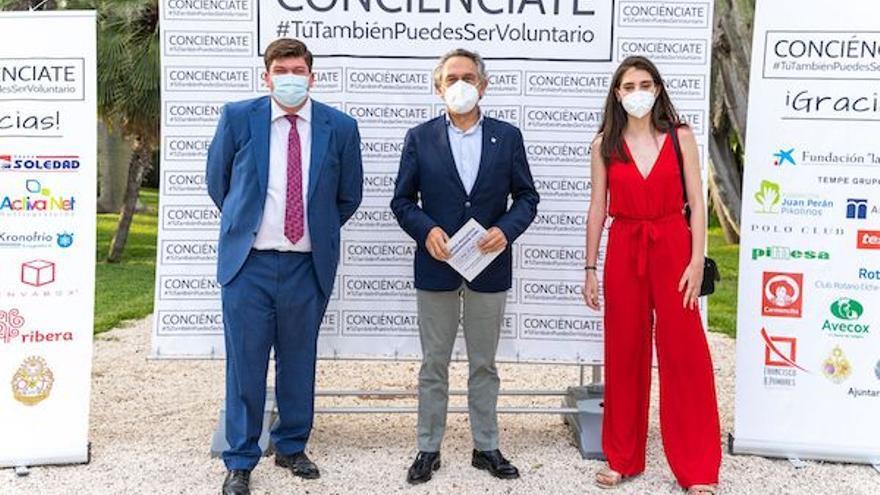 Conciénciate distingue a la Universidad de Alicante por su colaboración en el voluntariado
