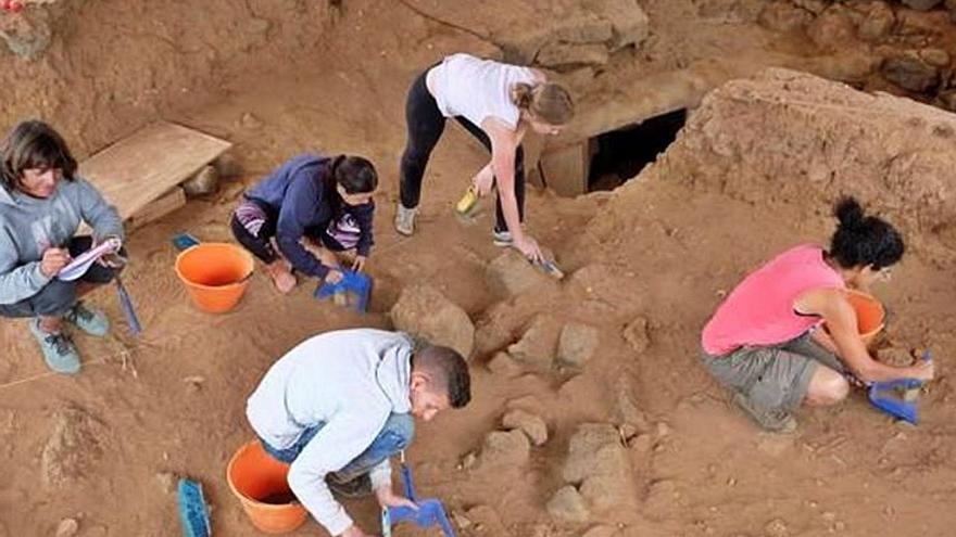 Paneles informativos en los BIC y zonas arqueológicas