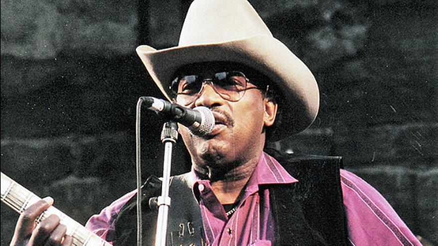 El guitarra Otis Rush, figura clave del blues de Chicago, muere a los 83 años