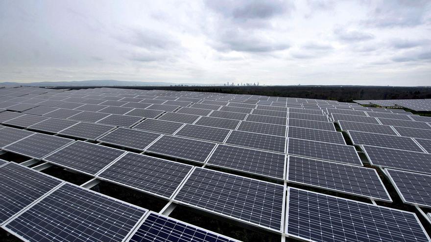 La potencia de las renovables se duplica en diez años