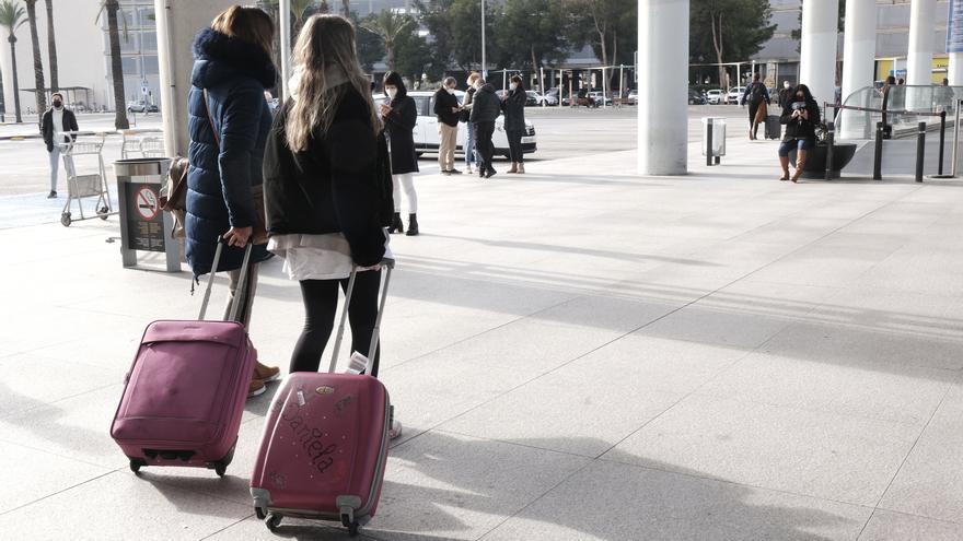 El covid-19 pone en peligro 4,4 millones de empleos en el sector turístico español
