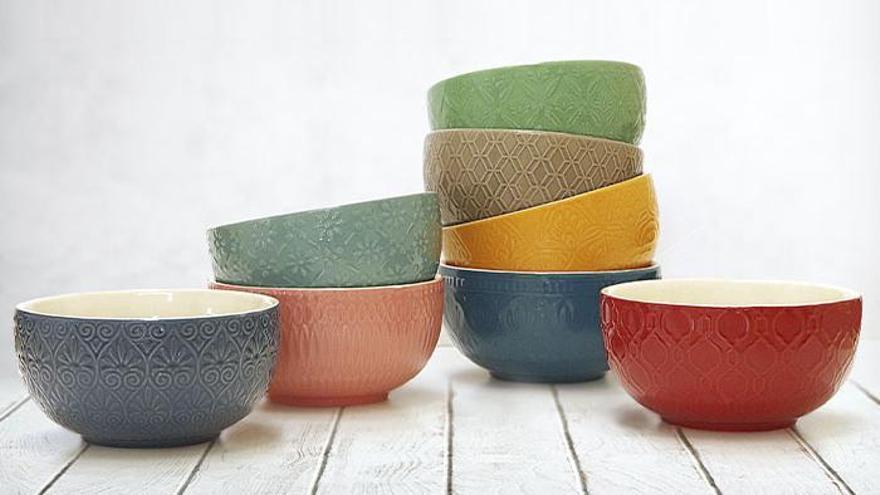 Avalada por la marca Hábitat, la colección presume de materiales y diseño, con un relieve muy fino.