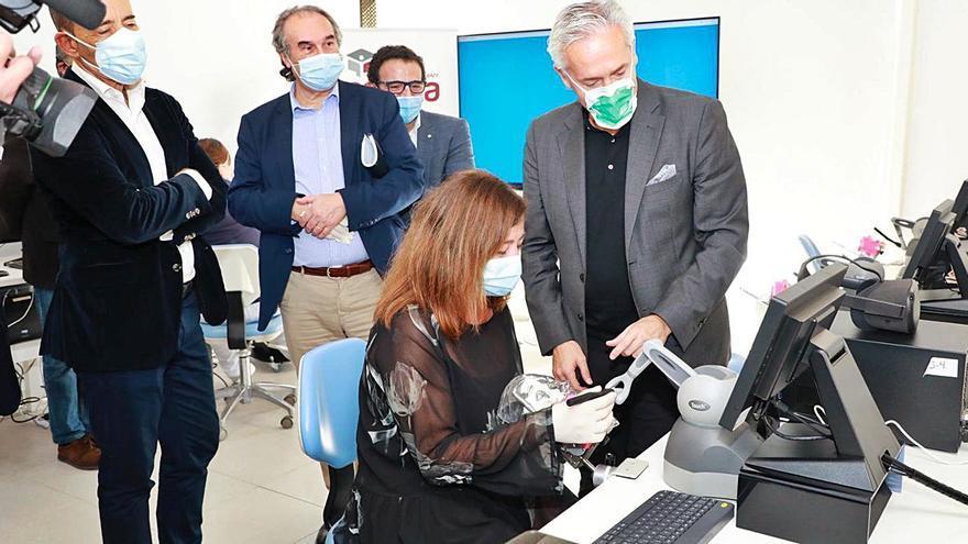 El Ejecutivo apostará por la biomedicina y la biotecnología