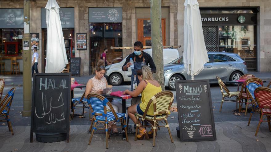 Cataluña no cerrará los bares este jueves por defecto de forma en su petición