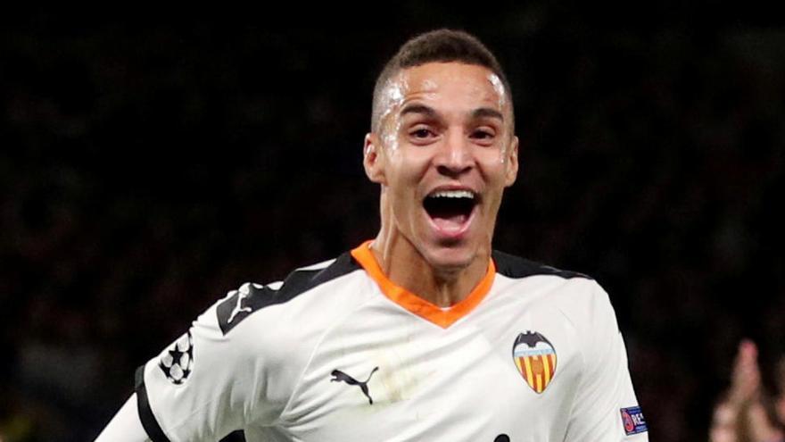 El Valencia llega a un principio de acuerdo con el Leeds por Rodrigo