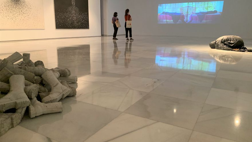 El CAAM clausura este domingo sus dos exposiciones internacionales y la colectiva de jóvenes talentos del arte en Canarias