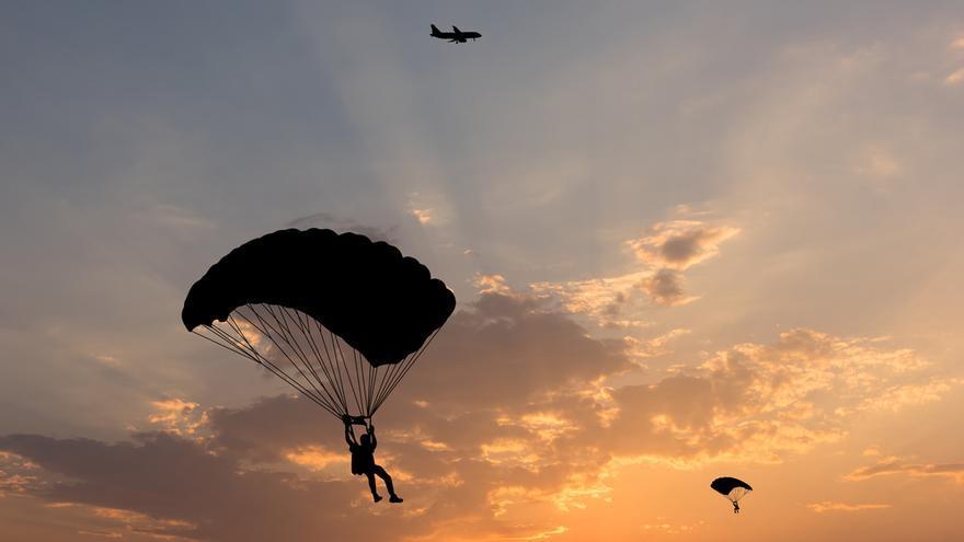 Fallece en EEUU un paracaidista que colisionó con otro en pleno descenso