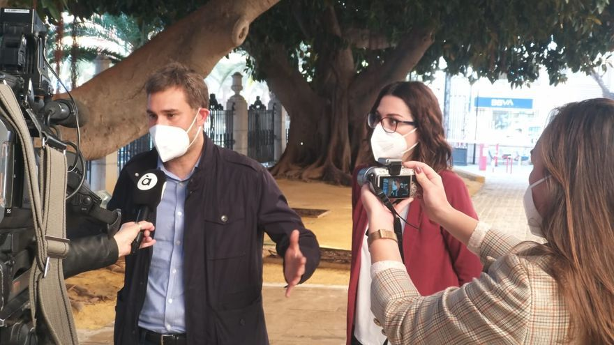 Compromís acude a los tribunales para revertir la moción de censura de Agres