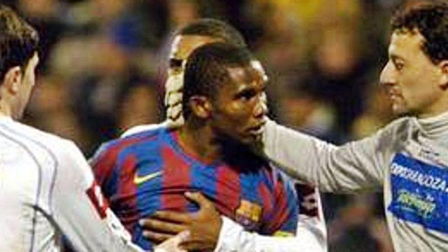 """""""Negro cabrón, recoge el algodón"""" y otros precedentes racistas en el fútbol español"""