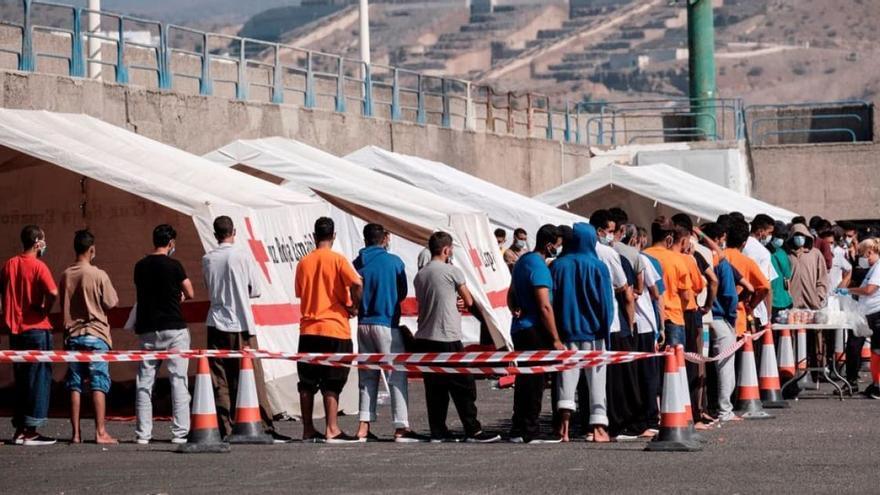 Ábalos dice que los campamentos en Canarias son provisionales