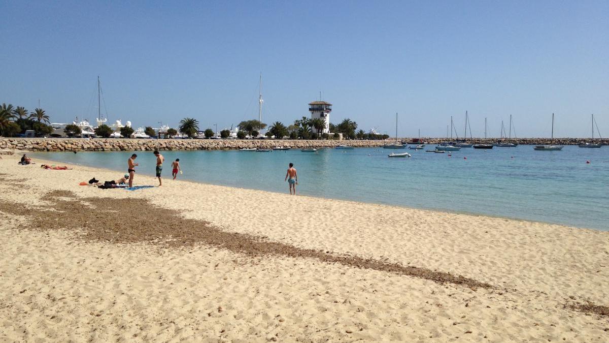 Playa de Puerto Portals