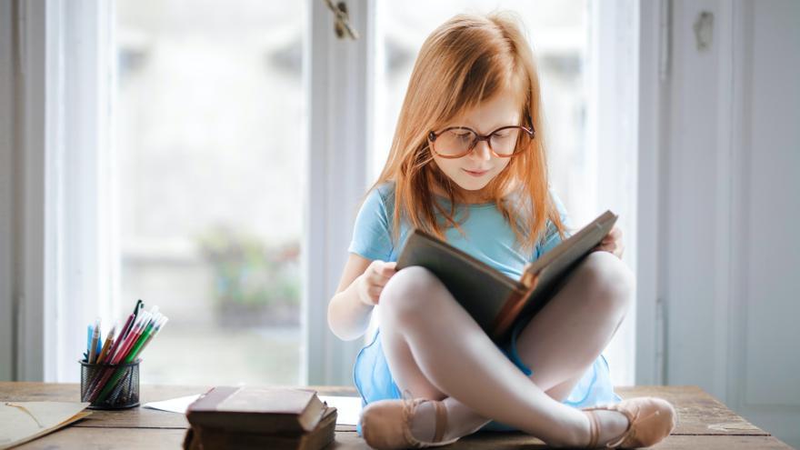 ¿A qué edad deben empezar los niños a leer?