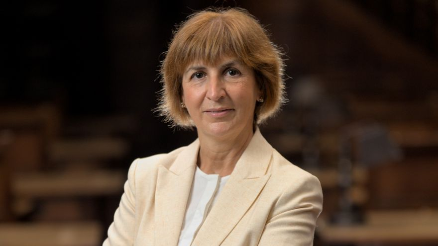 Dolores Palacios, profesora de Derecho Privado, nueva directora del Centro de Servicios Universitarios de Avilés