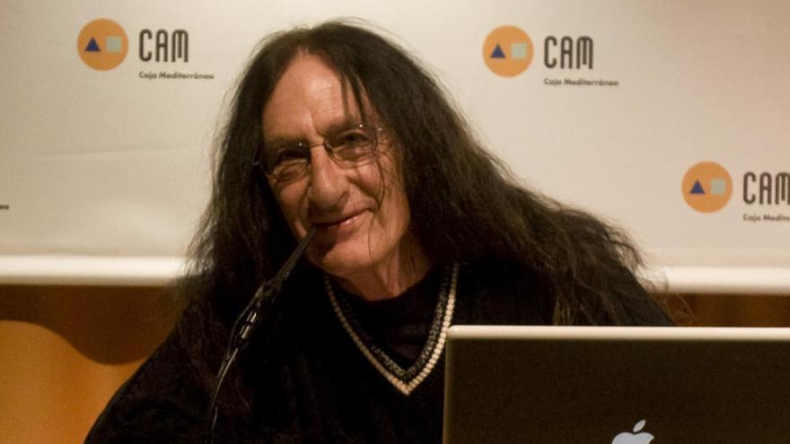 Muere en Alicante Ken Hensley, histórico teclista de la banda de rock Uriah Heep