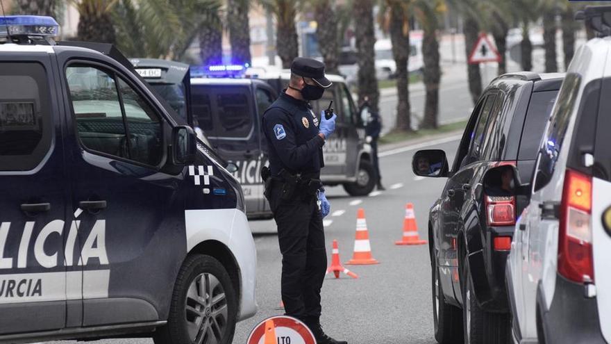 La Policía Local de Murcia interpuso 233 sanciones ayer por incumplir las medidas anticovid