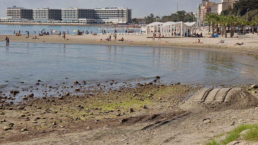 Costas sustituirá el dique de la playa del Postiguet para evitar la pérdida de arena