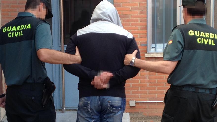 Cuatro detenidos en la comarca de Benavente por tenencia de cocaína y un kilo de marihuana