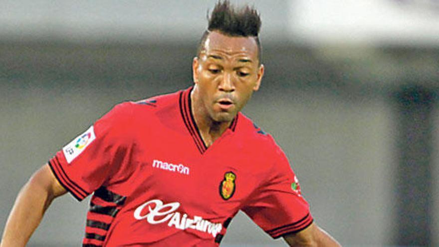 """Nsue: """"Si ganamos iré con la selección de Guinea"""""""