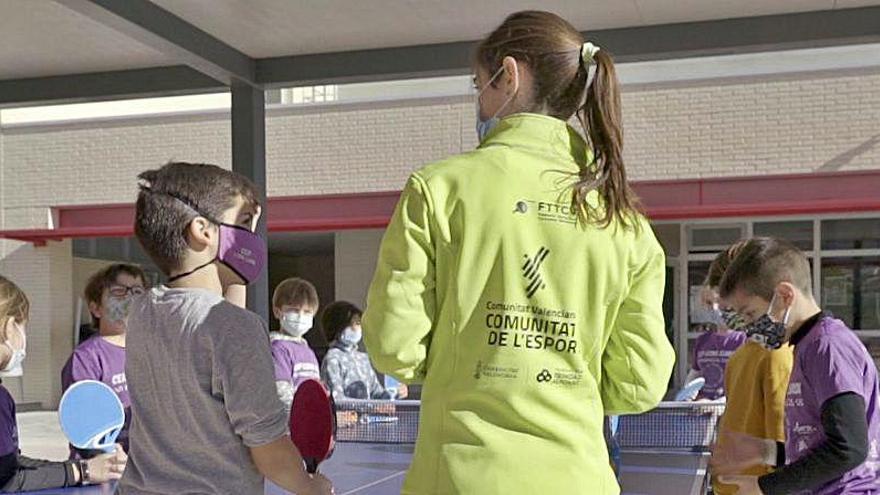 Esport a l'Escola +1h llevará una hora extra de educación física a 142 centros