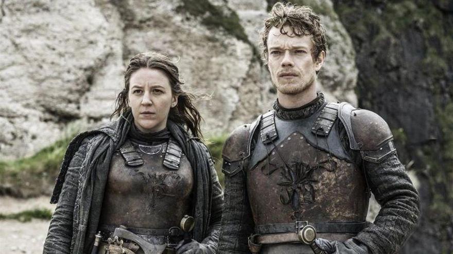 'El cuento de la criada' contra 'Juego de tronos': duelo épico en los premios Emmy