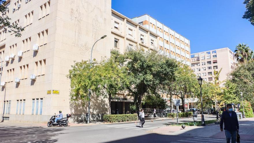 Piden 11 años y 9 meses para un acusado de violar y golpear a su pareja en Badajoz