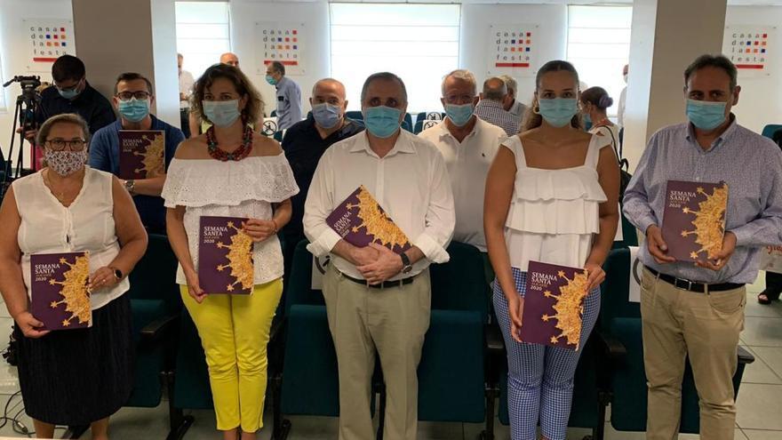 La Junta Mayor de Semana Santa de Alicante presenta su revista oficial
