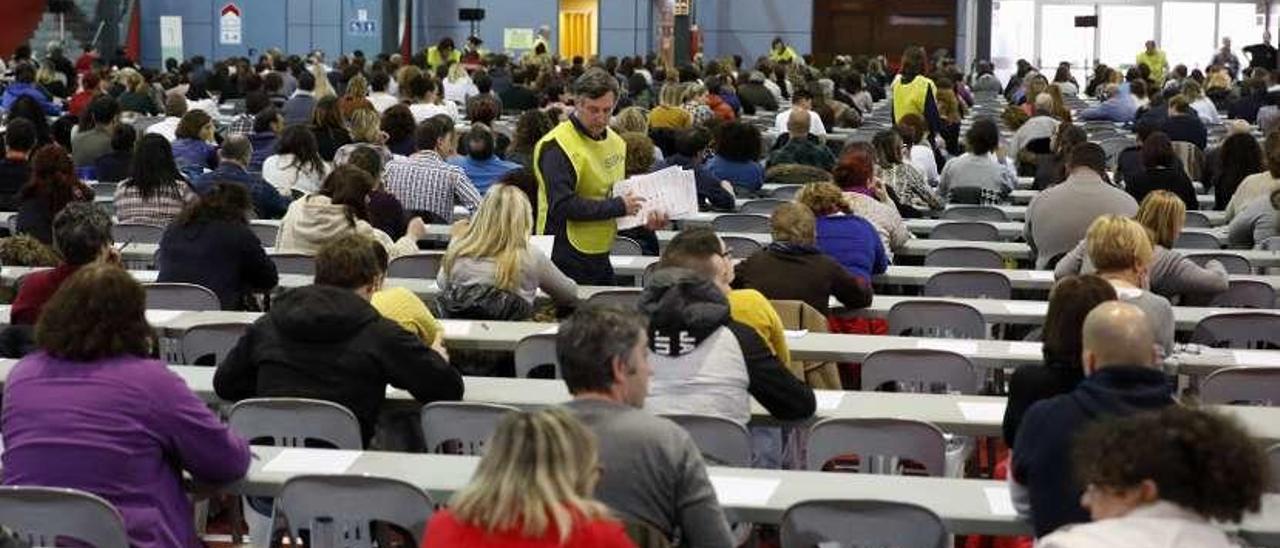Participantes en el examen de celadores del pasado día 10.