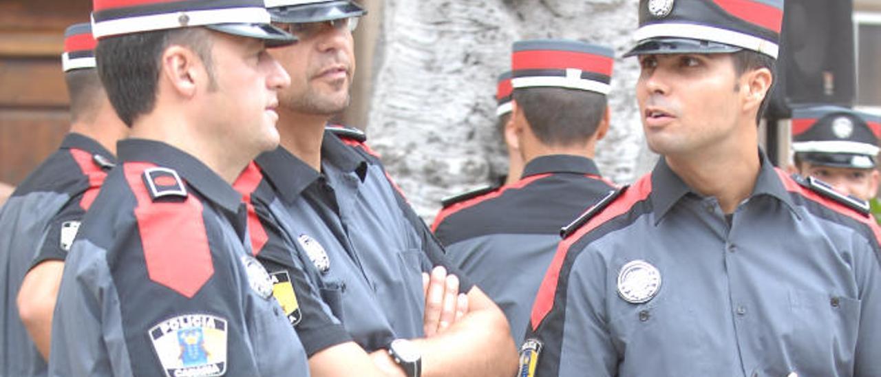 Los sindicatos piden nuevas plazas para la Policía Canaria en las oposiciones