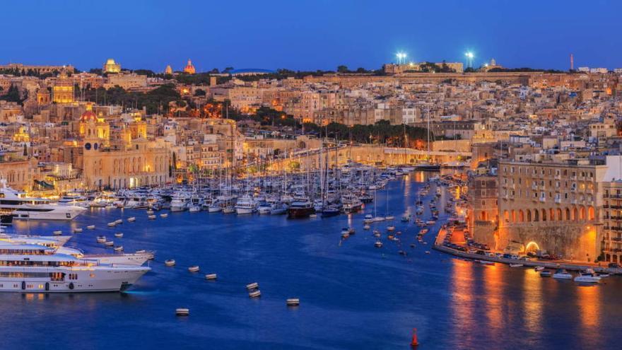 Malta pedirá PCR al ir desde Madrid, Barcelona y Girona