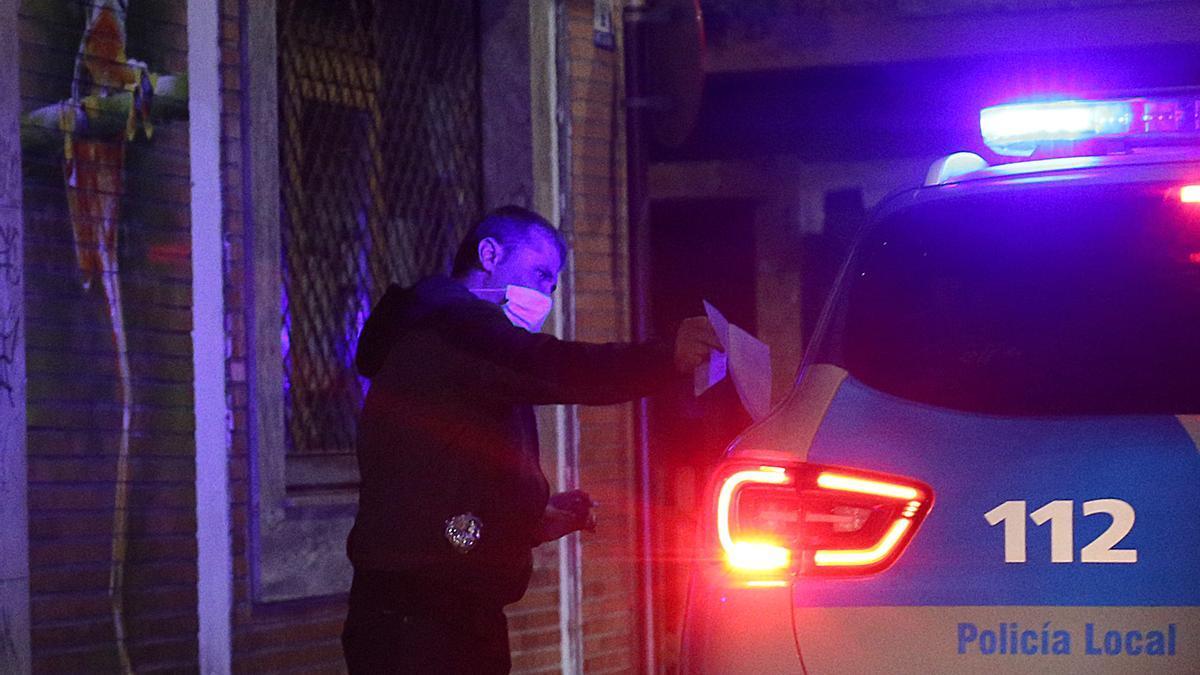 Un agente de la Policía.