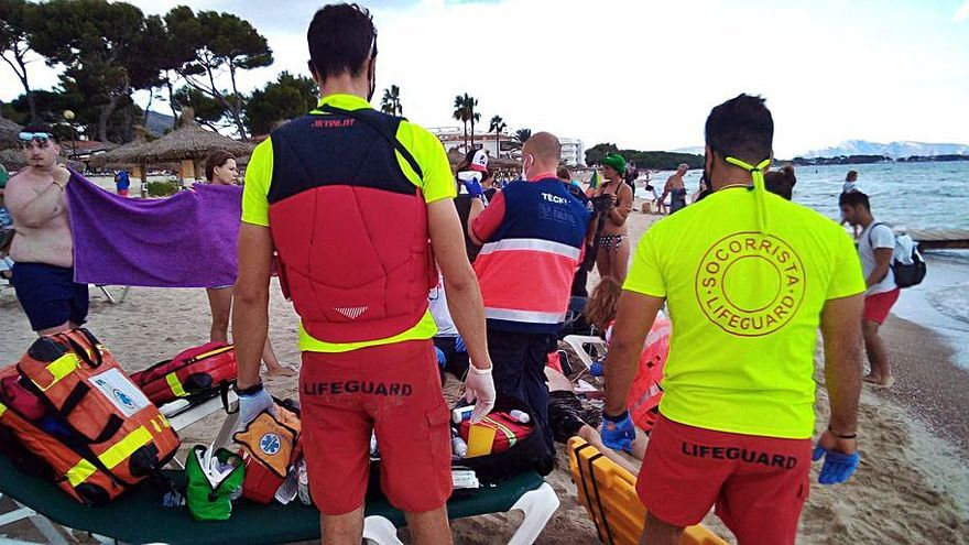 Los socorristas de Playa de Muro han salvado la vida a siete personas este verano