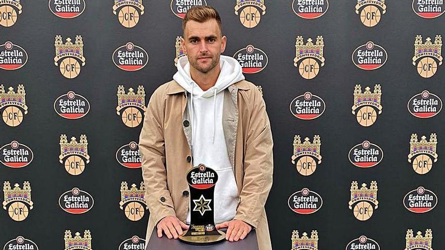 El capitán, Álex González, elegido por la afición el mejor jugador de octubre