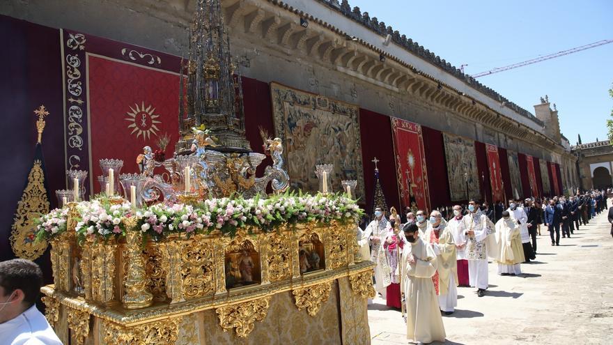 Solemnidad en la procesión del Corpus Christi