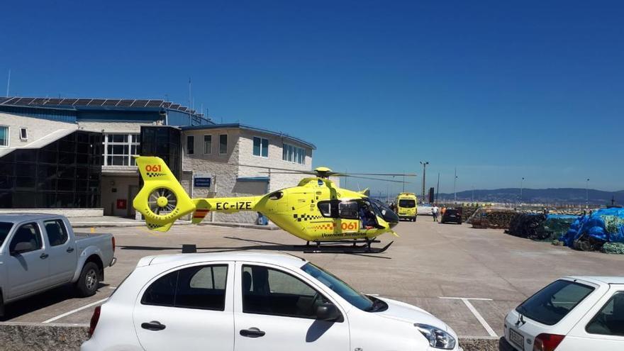 Movilizado un helicóptero del 061 por una mujer infartada en Bueu