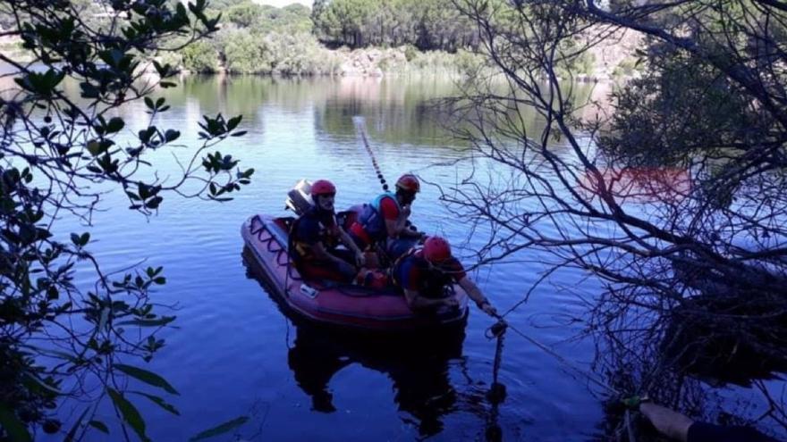 Hallado el cuerpo sin vida del joven desaparecido en Córdoba cuando se bañaba en el Lago Azul