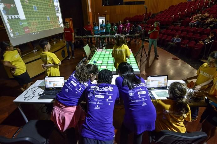 LAS PALMAS DE GRAN CANARIA A 20/06/2017. Final del proyecto escolar de la ULPGC Ciberlandia/Gran Canaria. FOTO: J.PÉREZ CURBELO