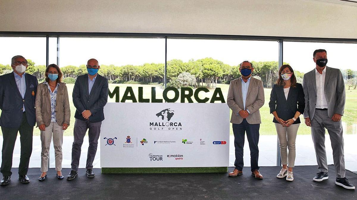 El acto de presentación, en el que participaron diferentes autoridades del ámbito político y social de Mallorca, se celebró en el Golf Santa Ponsa.