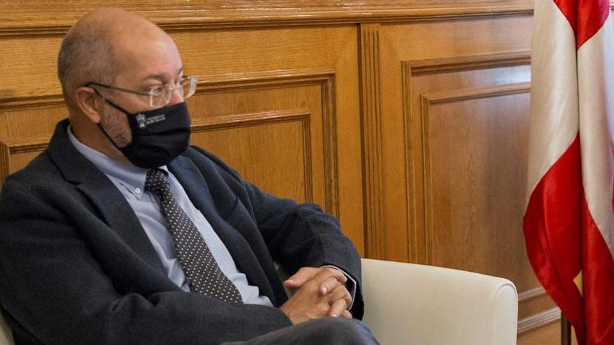 Castilla y León pide aplicar ya el toque de queda al Gobierno