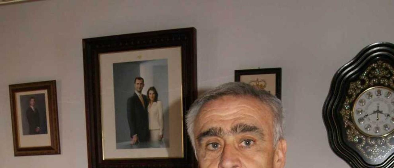 José Ángel Pérez en su despacho.