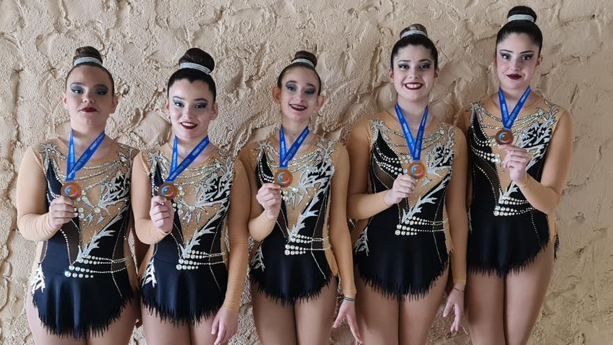 Lluvia de medallas para los clubs de gimnasia rítmica