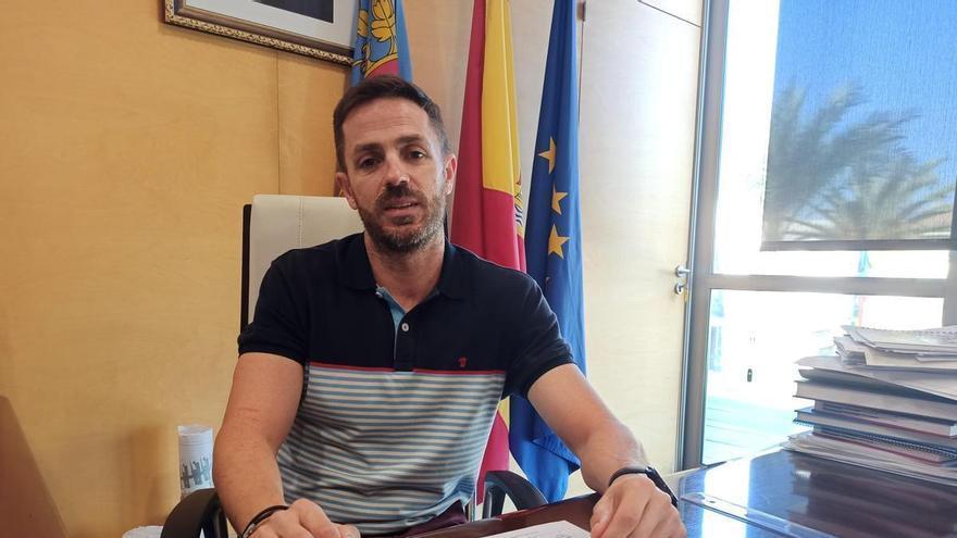 El alcalde de Algorfa aclara que su sueldo será el mismo que ya se subió en 2019