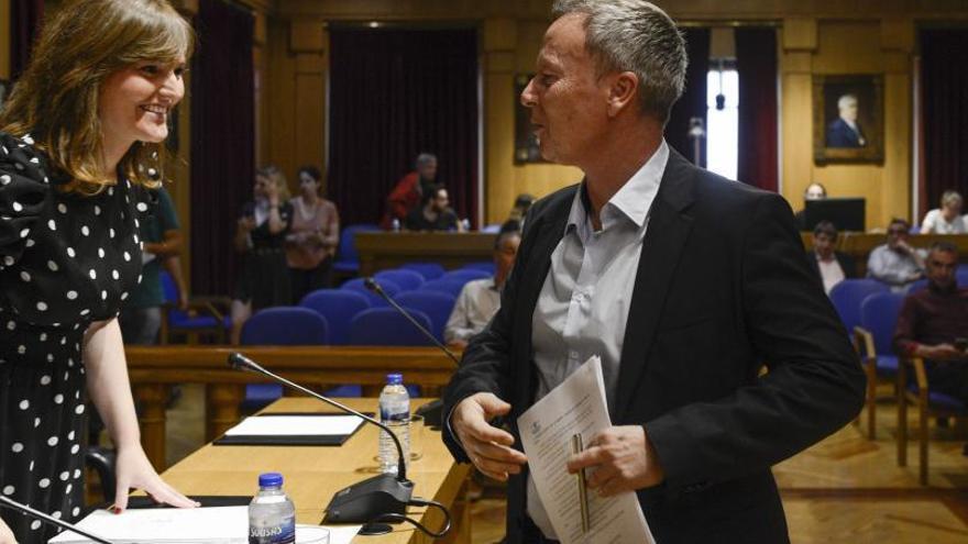 """""""El PSOE apuntalaba a Jácome en el Concello si apoyaba una moción en la Diputación"""""""