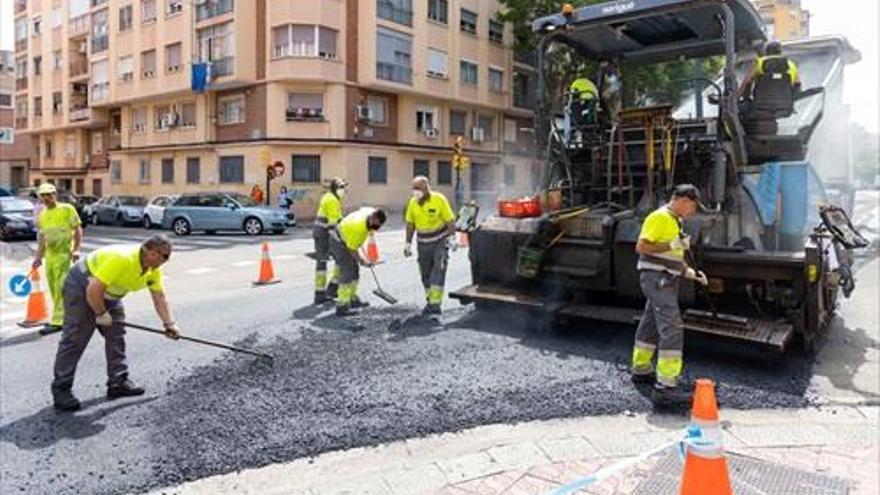 La Operación Asfalto va a mejorar 44 calles de Zaragoza y sus barrios rurales