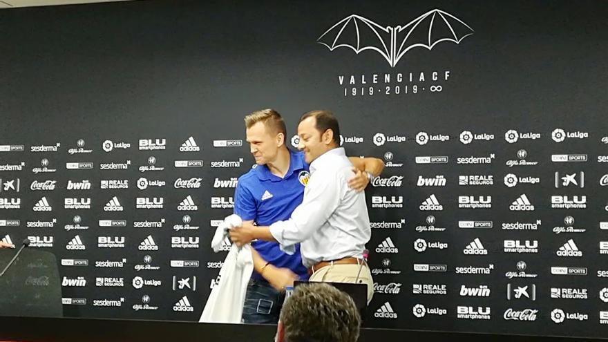 "Cheryshev: ""Me fui porque el Valencia CF no me hizo ninguna oferta"""