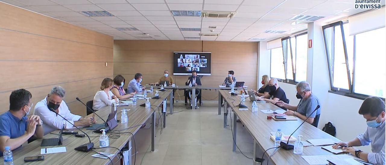 Imagen del pleno del Ayuntamiento de Ibiza celebrado esta mañana.