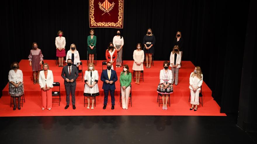 Vila-real homenajea a las cortes de honor de 1970 y 1995
