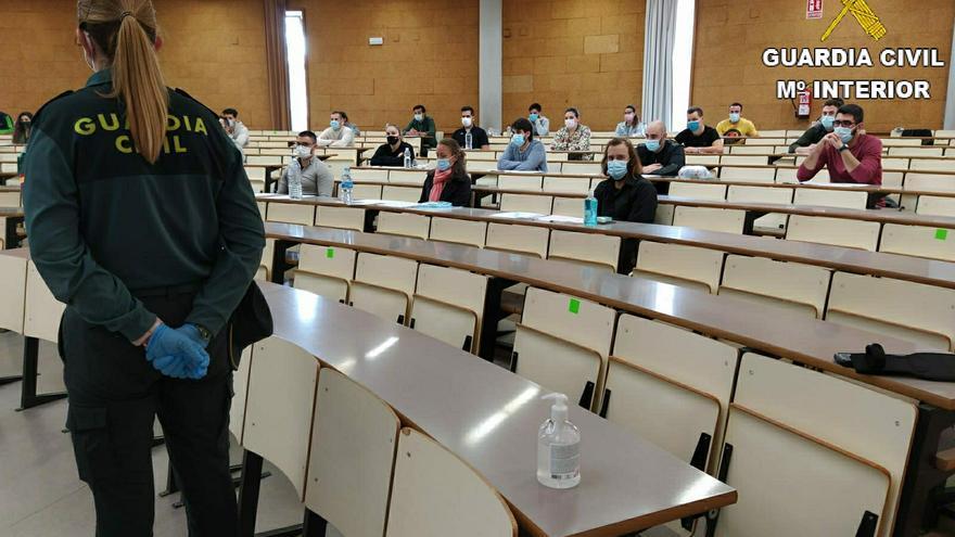 1.158 aspirantes a Guardia Civil se examinan hoy y mañana en la Universidad de Alicante