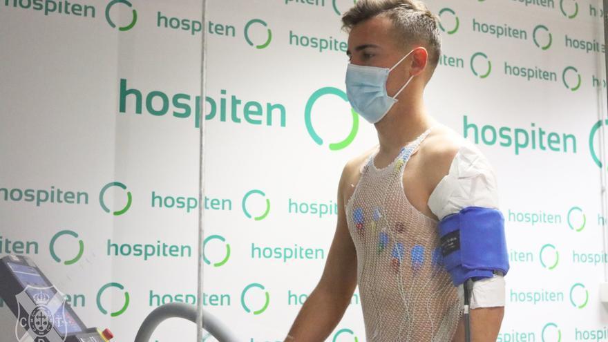 Sergio González supera reconocimiento médico y completa primer entrenamiento