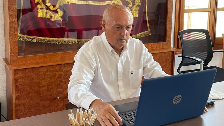El pleno de Rocafort elige al popular Agustín Aliaga como nuevo alcalde