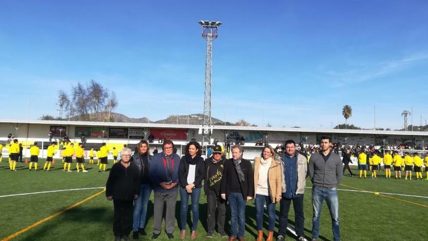 Inauguración del campo de fútbol de Sant Llorenç reconstruido tras haber sido arrasado por la riada.
